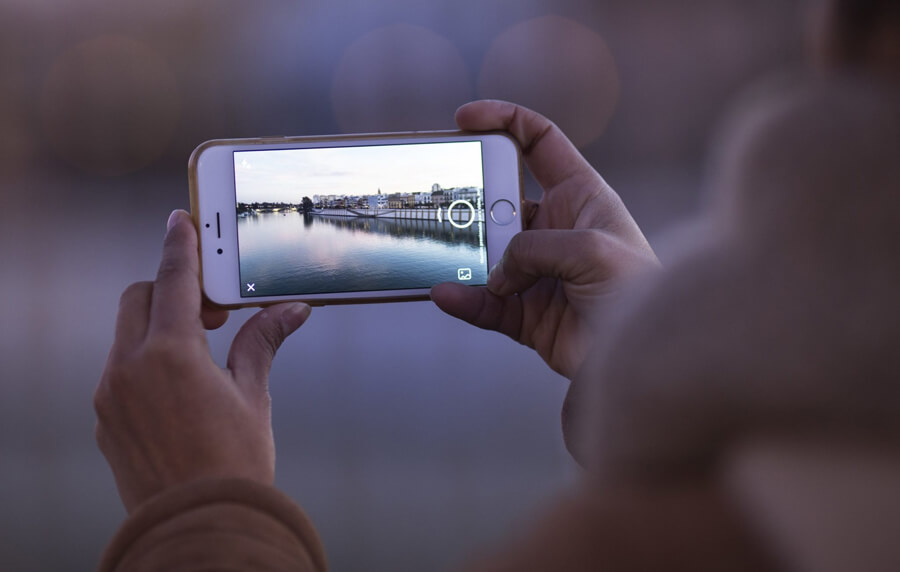 Mobile Video & Users: A Timely Guide for Not Looking Silly on Phones